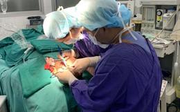 Tạo hình tai sớm cho trẻ nhỏ bị dị tật chỉ bằng 1 lần phẫu thuật
