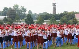 Hơn 2.500 người đồng diễn vũ điệu rửa tay với xà phòng