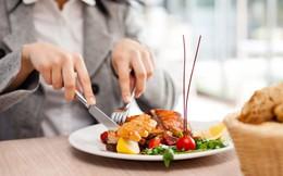 Nhà hàng sang trọng ở Sài Gòn vẫn dùng thực phẩm không rõ nguồn gốc