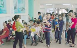 Đà Nẵng: Bệnh viện chật kín bệnh nhi do thời tiết nắng nóng