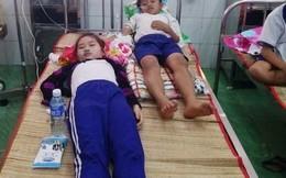Cà Mau: Nhiều học sinh nhập viện do uống trực tiếp hoặc nuốt dung dịch Fluor