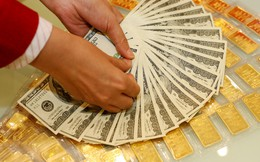 Giá vàng SJC tiếp tục tăng trong khi vàng Rồng Thăng Long lại giảm