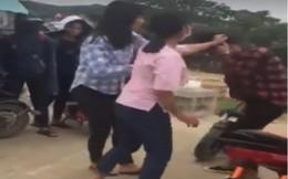"""Phẫn nộ cảnh 2 nữ sinh ở Nghệ An tát """"bôm bốp"""" vào mặt bạn"""