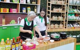 Chuyên gia ẩm thực Nguyễn Dzoãn Cẩm Vân dạy cách nấu 7 món ngon