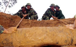 Tiếp nhận hơn 200 máy dò để khắc phục hậu quả bom mìn sau chiến tranh