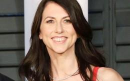 Ly hôn chồng, vợ cũ Jeff Bezos trở thành người phụ nữ giàu thứ 3 thế giới