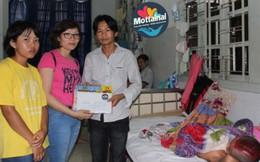 Báo PNVN và Đại sứ đặc biệt Mottainai 2017 thăm, tặng quà trẻ bị TNGT