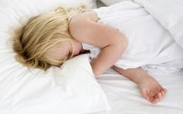 Ngủ trước 8 giờ tối giảm nguy cơ béo phì cho trẻ