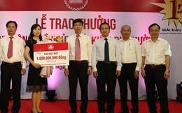 Nữ khách hàng tại Hải Phòng nhận giải thưởng 1 tỉ đồng từ Agribank