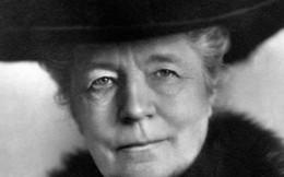 Nữ nhà văn đầu tiên đoạt giải Nobel Văn học