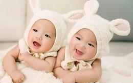 Vượt 'bão giông' đón con gái sinh đôi chào đời