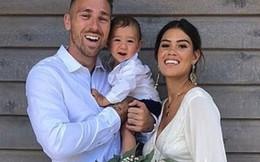 Vợ chồng ngôi sao bóng bầu dục Bryce Cartwright nói không với tiêm vaccine