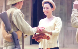 Lương Nguyệt Anh hóa thôn nữ đón bộ đội chiến thắng Điện Biên về làng