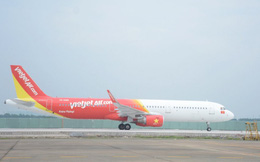 Lập tổ điều tra máy bay VietJet nhầm đường lăn đang đóng tại Tân Sơn Nhất
