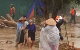 Trung ương Hội LHPNVN quyên góp ủng hộ đồng bào vùng lũ lụt