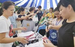 Hà Nội: Cơ hội mua hàng giảm giá tới 60% ở Hội chợ Vàng khuyến mại
