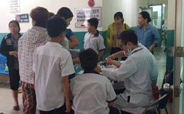 TPHCM: 15 học sinh trường Bành Văn Trân đi cấp cứu, nghi ngộ độc trà sữa