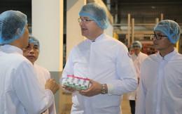 Đại sứ Mỹ thăm và làm việc tại Nhà máy Sữa Vinamilk