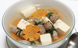 Thanh mát canh thịt bò cuộn nấm kim châm