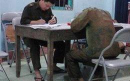 Chuyên trộm đồ lót giáo viên để 'sưu tầm'