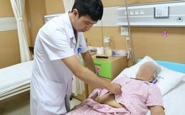 Đau tức vùng bụng kéo dài, cụ bà phát hiện khối u vòi trứng khổng lồ