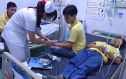 Hàng loạt công nhân tại TPHCM nhập viện nghi do ngộ độc thực phẩm