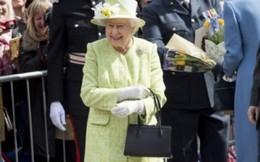 Phong cách thời trang biến đổi qua thời gian của Nữ hoàng Anh