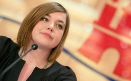Nữ thị trưởng Đức bị sàm sỡ ngay tại lễ hội