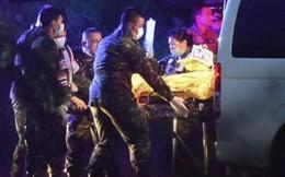 Toàn bộ thành viên đội bóng nhí Thái Lan được đưa ra khỏi hang tối an toàn