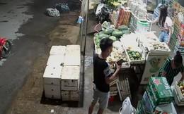 Vào mua đồ, đôi nam nữ trộm luôn túi tiền của chủ hàng