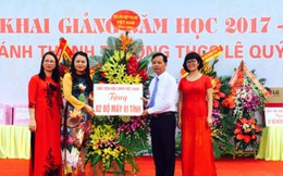 Chủ tịch Hội LHPNVN Nguyễn Thị Thu Hà dự khai giảng tại Bắc Giang