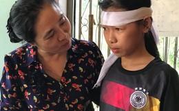Hội LHPN Việt Nam tặng học bổng cho các học sinh vượt khó tỉnh Quảng Trị