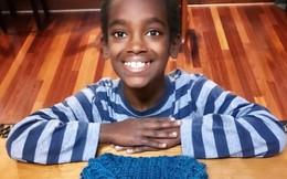 Cậu bé 11 tuổi đan len 6 năm kiếm tiền tỷ