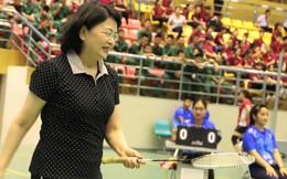 Phó Chủ tịch nước thi đấu cầu lông tại Liên hoan thể dục thể thao phụ nữ