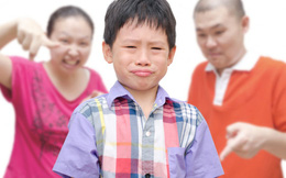 """Người mẹ chữa """"bệnh"""" ngang bướng cho con trái 6 tuổi"""