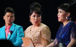 Bị NSND Hồng Vân phàn nàn, Việt Hương bất ngờ đứng dậy đòi về
