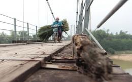 Nghệ An: Nguy hiểm rình rập tại cầu treo Đò Rô