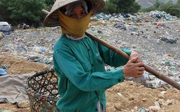 Hỗ trợ lương thực, thực phẩm giúp phụ nữ đơn thân, người nghèo... đón Tết