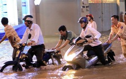 Triều cường dâng cao, nhiều tuyến đường thành phố Vĩnh Long ngập sâu