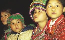 Xót xa 3 đứa trẻ mồ côi cha ở San Sả Hồ