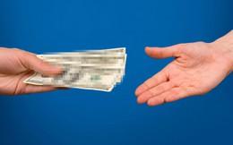 Vợ bị chê là 'dại' vì ngại đề cập đến thu nhập của chồng