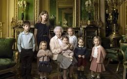 Khoảnh khắc bên gia đình của Nữ hoàng Anh