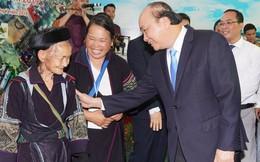 Thủ tướng nêu 5 câu hỏi để thúc đẩy du lịch Lào Cai