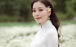 Ca sĩ Huyền Trang kể chuyện 'Người lái đò' mừng ngày 20/11