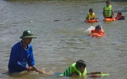 Phụ huynh Phú Yên 'chê' lớp bơi miễn phí