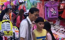 Nhộn nhịp mua sắm Tết tại phố thời trang nhất nhì Sài Gòn