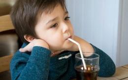 10 loại thực phẩm không nên cho trẻ ăn