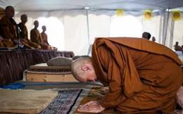 Sám hối Đại Tăng mà Trụ trì chùa Ba Vàng bị phạt, thực hiện thế nào theo luật Phật?