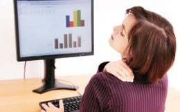 Phụ nữ trung niên làm gì để giảm đau mỏi vai gáy