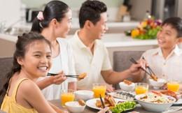 'Bữa cơm gia đình ấm áp yêu thương'